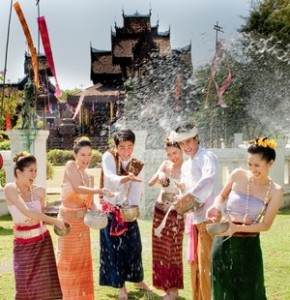 Song Kran Hua Hin 2012