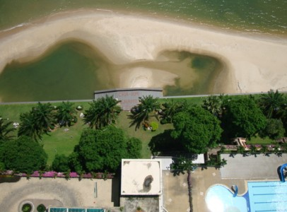 Ferielejlighed med havudsigt og egen strand i Cha Am - Grand Condo