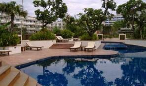 Køb stor lejlighed i Jomtien – Attraktivt område – 5025A