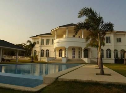 Lej-luksus-golf-villa-i-Hua-Hin-Palm-Hill