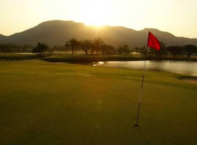 Lej-luksus-golf-villa-i-Hua-Hin-Palm-Hills-16