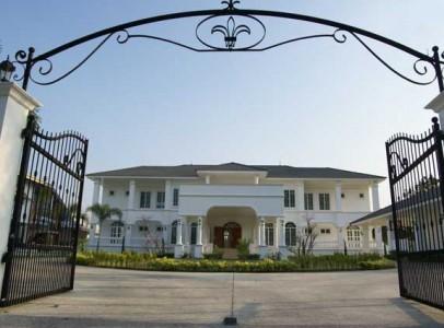 Lej-luksus-golf-villa-i-Hua-Hin-Palm-Hills-1