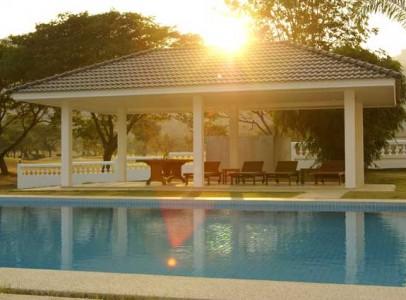 Lej-luksus-golf-villa-i-Hua-Hin-Palm-Hills-4