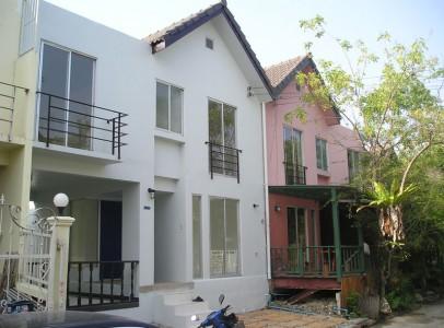 Rækkehus til Salg Bangkok - Nær Suvarnabhumi - 217A