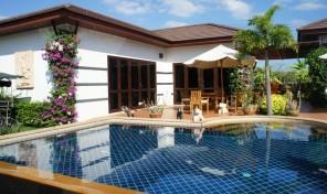 Sommerhus med pool til udlejning Rayong Thailand - TRO-96p