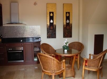 2 værelse hus til leje i Resort, Rayong